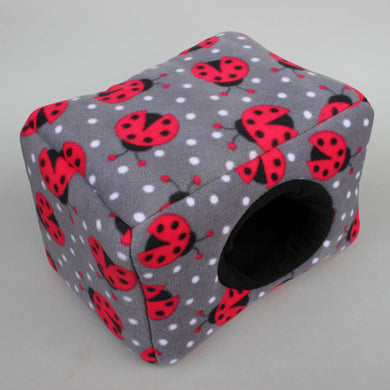 LARGE ladybird cosy bed for guinea pigs. Padded house for guinea pigs.