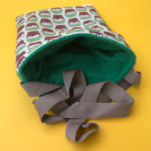Cactus hedgehog padded bonding bag, carry bag for hedgehogs. Fleece lined.