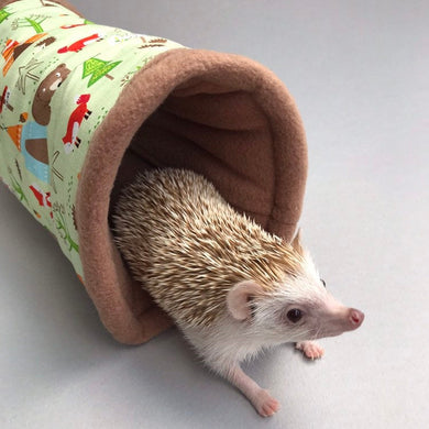 Camping animals stay open tunnel. Padded fleece tunnel. Padded tunnel