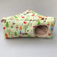 Load image into Gallery viewer, Camping animals corner house. Hedgehog and small pet cube house.
