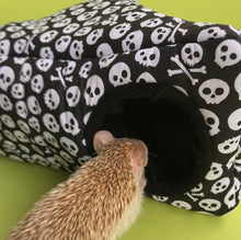 Load image into Gallery viewer, hedgehog house