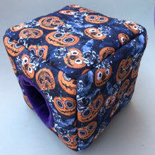 Load image into Gallery viewer, Pumpkin Halloween full set. Cosy cube bed, tunnel and snuggle sack.