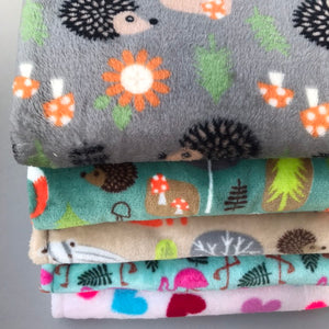 Cuddle fleece handling blankets for small pets like hedgehogs, guinea pigs and rats.