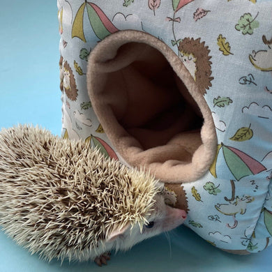 Blue Kite Hedgehog cosy cube house. Hedgehog and guinea pig cube house.
