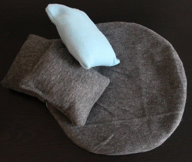 LARGE cuddle cup cushions. Extra cuddle cup cushions and mini pillows. Removable cushions.