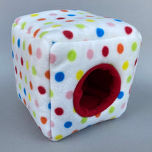 Load image into Gallery viewer, Polka Dot cosy cube house. Hedgehog and guinea pig padded fleece lined house.