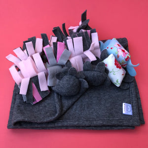 TOY BUNDLE #2: Blanket and toys set for hedgehogs. Set of 6 toys and handling blanket.