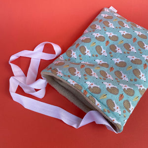 Turquoise hedgehog padded bonding bag, carry bag for hedgehogs. Fleece lined.