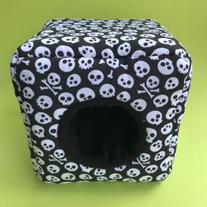 Black and white skull full set. Cosy cube bed, tunnel and snuggle sack.