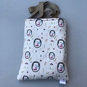 Apple hedgehog padded bonding bag, carry bag for hedgehogs. Fleece lined.