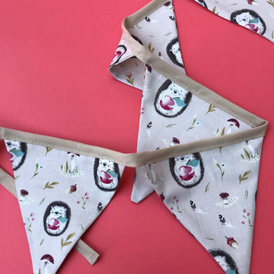 hedgehog bunting