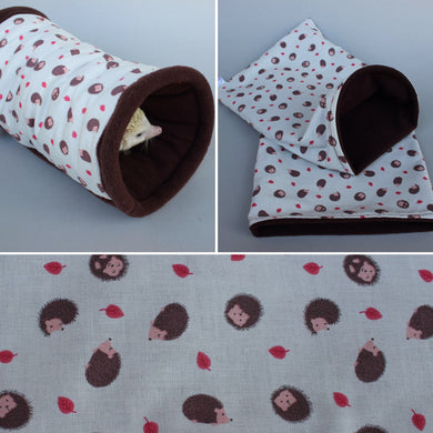 Cream hedgehog mini set. Tunnel, snuggle sack and toys.