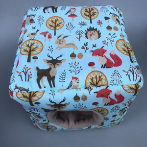Blue woodland animals cosy cube house. Hedgehog and guinea pig cube house. Padded fleece lined house.