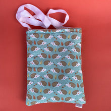 Load image into Gallery viewer, Turquoise hedgehog padded bonding bag, carry bag for hedgehogs. Fleece lined.