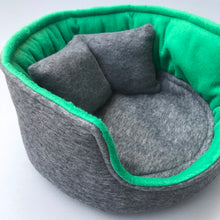 Load image into Gallery viewer, guinea pig bed