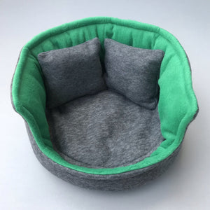 Large cuddle cup. Pet sofa for guinea pigs. Fleece sofa bed.