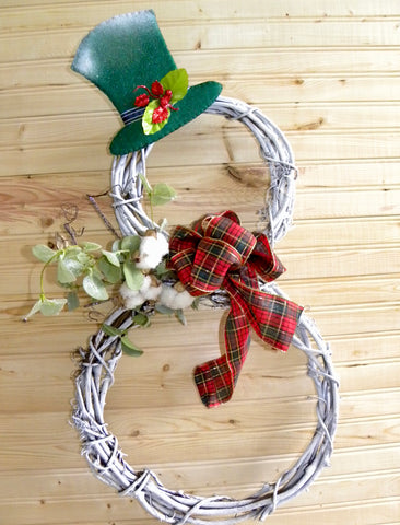 Natural Vine Snowman Wreath