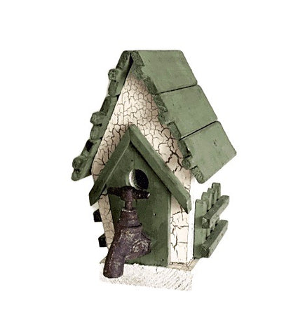 Farmhouse Inspired Birdhouse