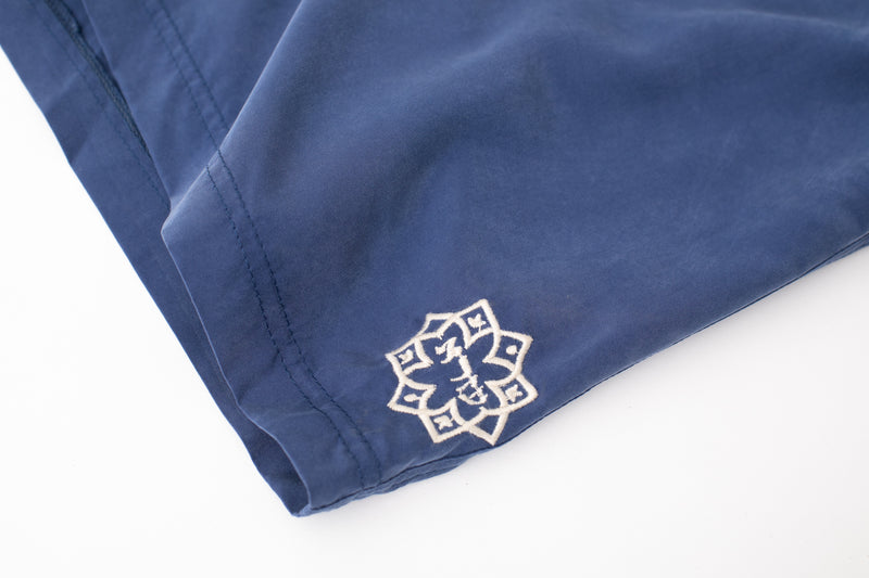 Lightweight walk shorts In Washed indigo
