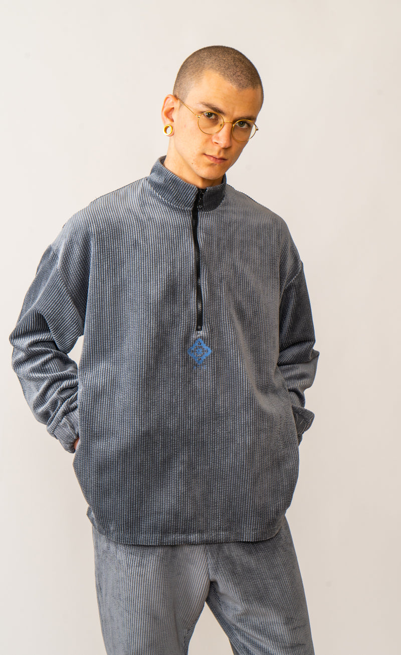 Corduroy Pullover In Washed Grey