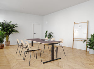 Subscription_OMNI_Copenhagen_Meeting_room_deluxe_whiteboard_minimalistic_labofa_chairs_long_elevation_desk Copenhagen Meeting