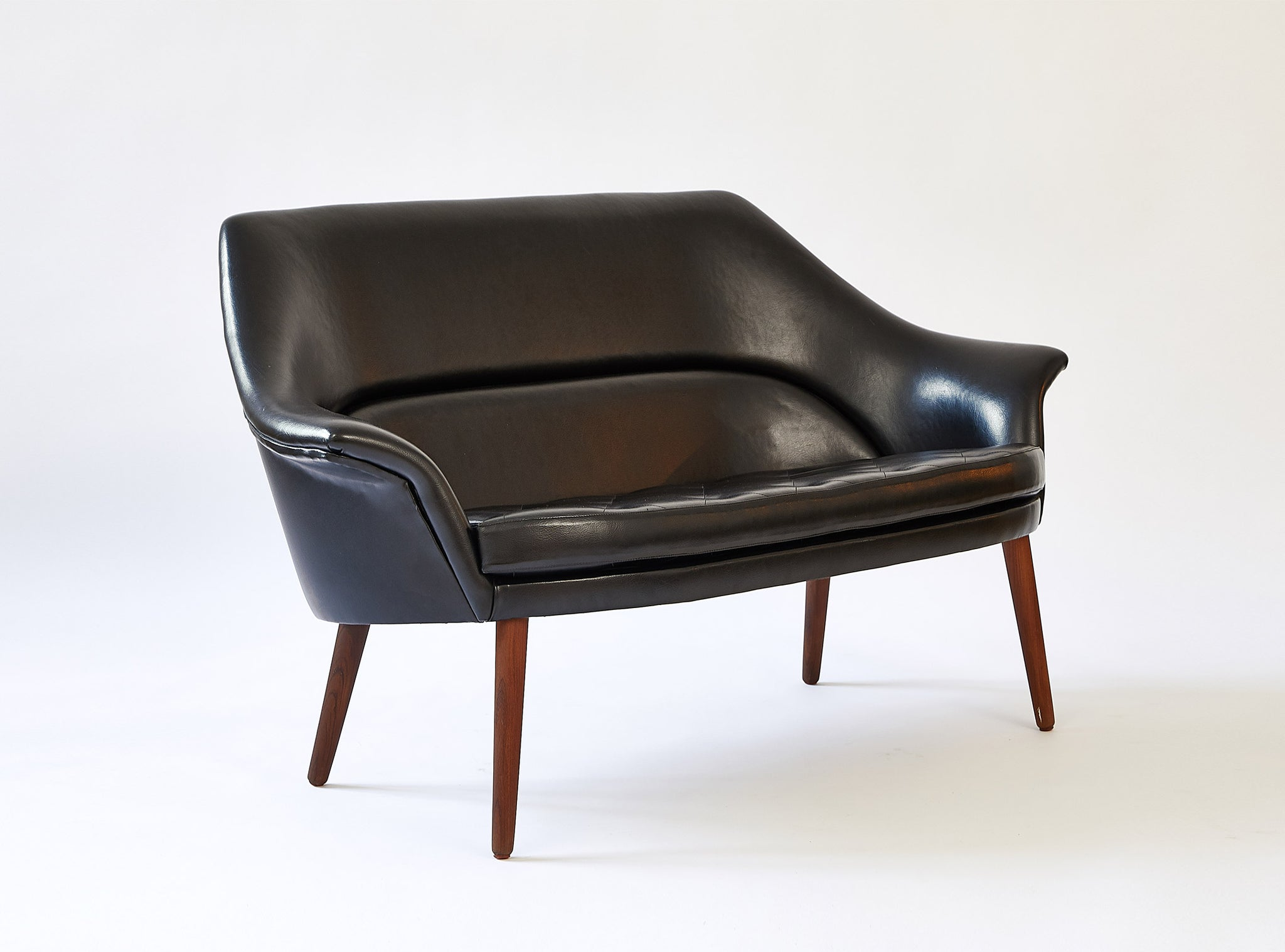 Miraculous Danish Loveseat Black Nappa Omni Gmtry Best Dining Table And Chair Ideas Images Gmtryco