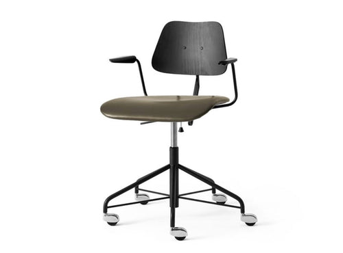 Subscription_OMNI_Labofa_Heritage_Collection_wheeled_swivel_office_chair_Danish_design_armed_leather_gas_lift
