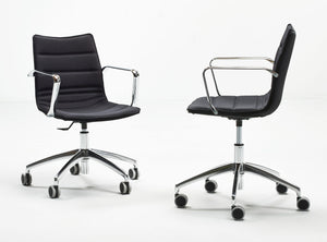 Subscription_OMNI_Cube_two_S10_wheels_office_chairs_black_classic_four_legged_meeting_conference_room_comfort_swivel_base