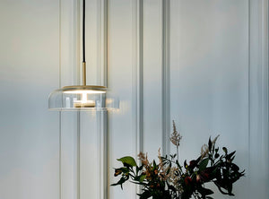 Subscription_OMNI_Nuura_Blossi_1_Lamp_Gold_elegant_diffused_fantastic_light_comfortable_warmth_design_LED_disk_blown_glass