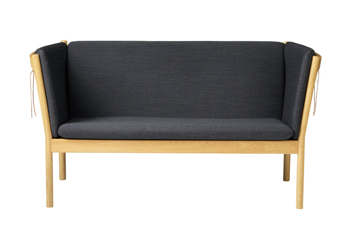 J148 Sofa, Nature & Dark Gray