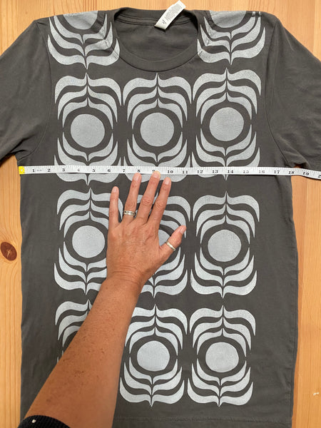 grey/white ink t-shirt  (adult size M)