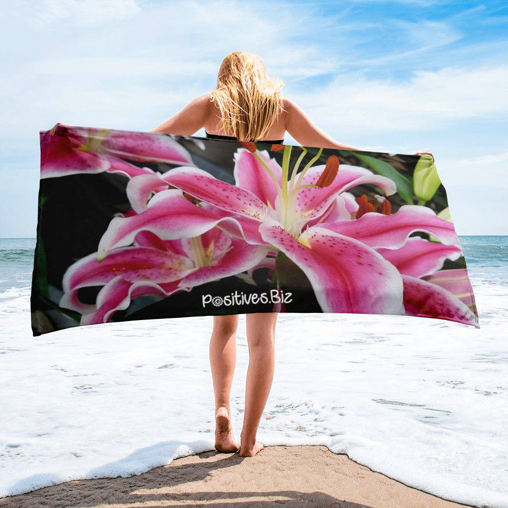 Positives.Biz ~ Ravishing Lily ~ Towel