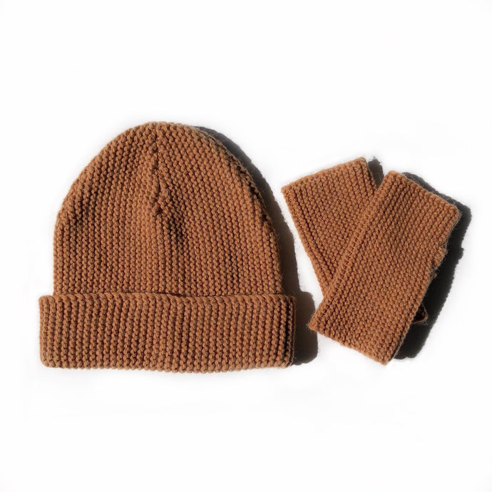 Fini. Beanie and Fingerless Glove Set- Terracotta