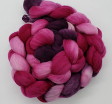 Load image into Gallery viewer, Hopkins Fiber Studio Fiber - OOAKB - 23 Micron Merino - #2