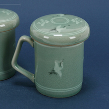 Load image into Gallery viewer, Celadon Crane Mug