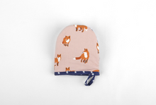 Load image into Gallery viewer, Potholder - Winter Fox