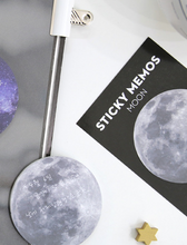 Load image into Gallery viewer, Circular Sticky Memo - Moon