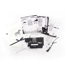 Load image into Gallery viewer, The black and white gift set - The Little Black & White Book Project