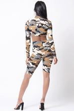 Load image into Gallery viewer, Camo Print Long Sleeve Crop Set