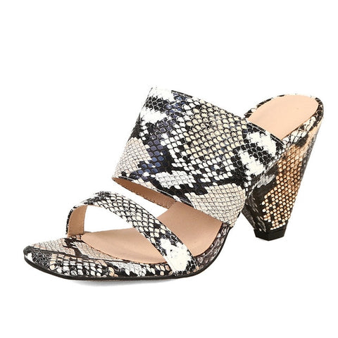 CONASCO 2019 Summer New Fashion Vintage Animal Prints Rome Women Sandals Classic Square Toe Strange Heels Casual Basic Shoes