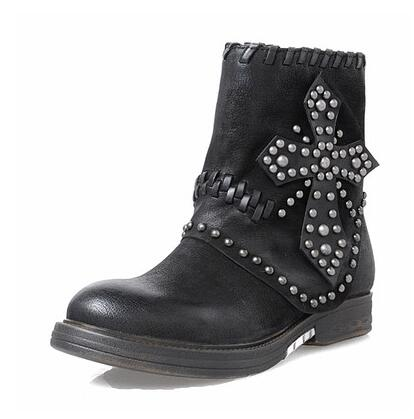 Prova Perfetto Retro Women Ankle Boots Rivets Studded Genuine Leather Flat Boots Autumn Winter Female Thick Bottom Botas