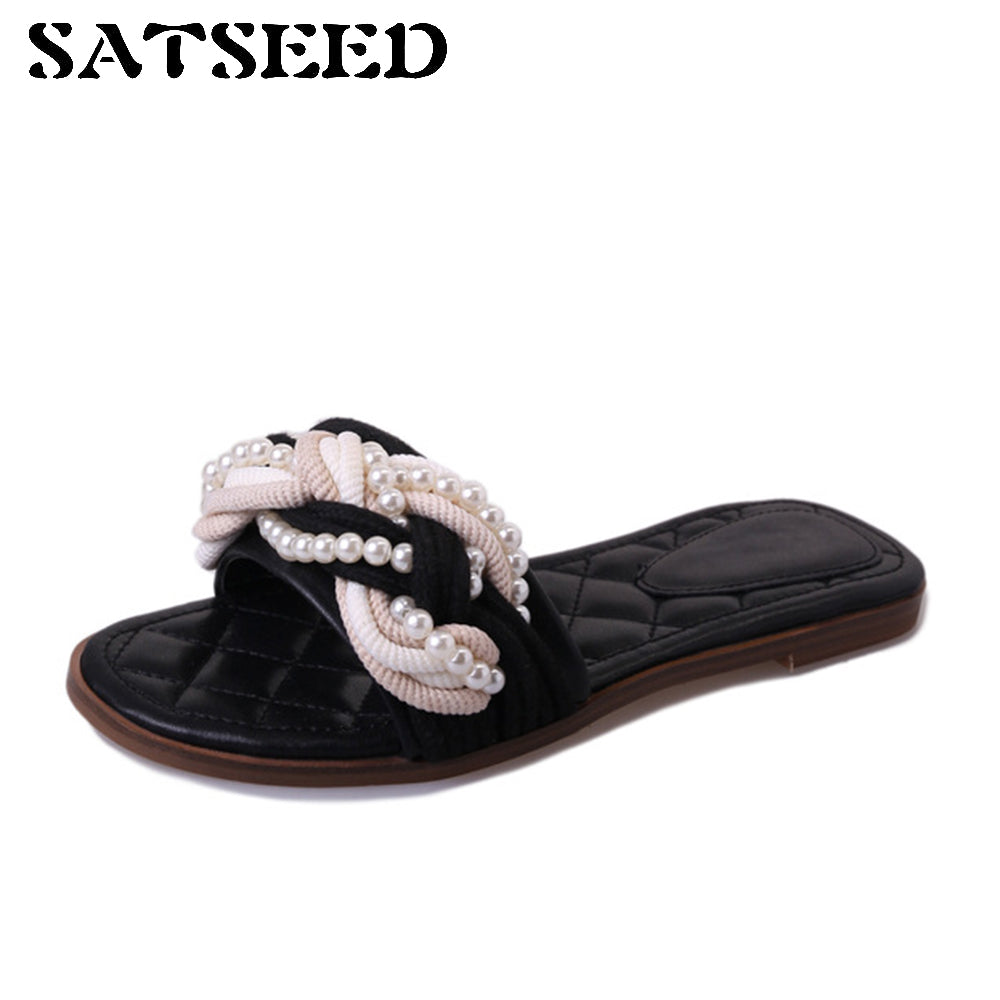 2017 Outsides Slippers Small New Female Slippers Black Pearl Twist Braided Open Toe Slippers Flat Crystal Heels Slide Fashion