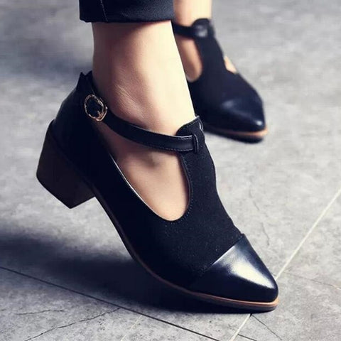 2018 Vintage Oxford Shoes Women Pointed Toe Cut Out Med Heel Patchwork Buckle Ladies Shoes Flats WFS112
