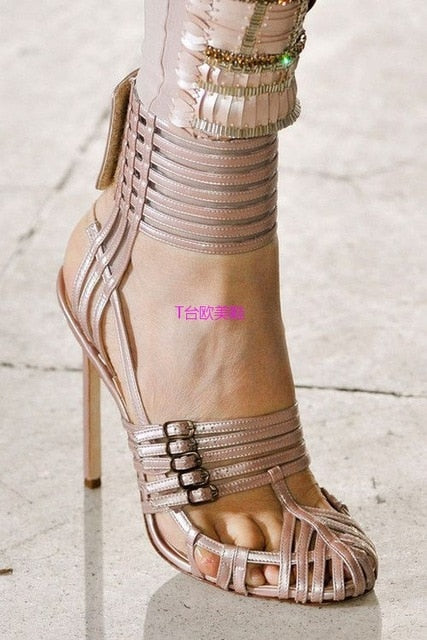 Fashion 2018 Women Runway Sandals Sexy Cut-outs Narrow Band High Heels Dress Pumps Patent Leather Summer Gladiator Shoes Woman