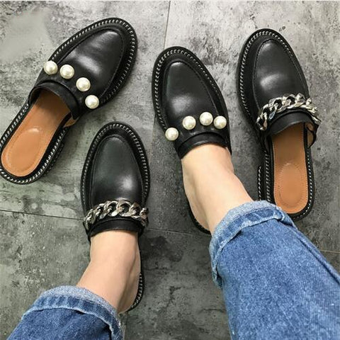 Image of 2017 Leather Chain Slipper Women Pearl Rivet Metal Chain Flat Slipper Woman Casual Shoes Summer