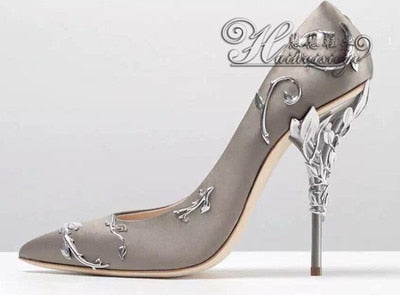 cb8f4d5930 2017 Ornate Filigree Leaf Pointed toe Haute Couture Collection stiletto  sapato de noiva branco Super sexy women high heel WEDDI
