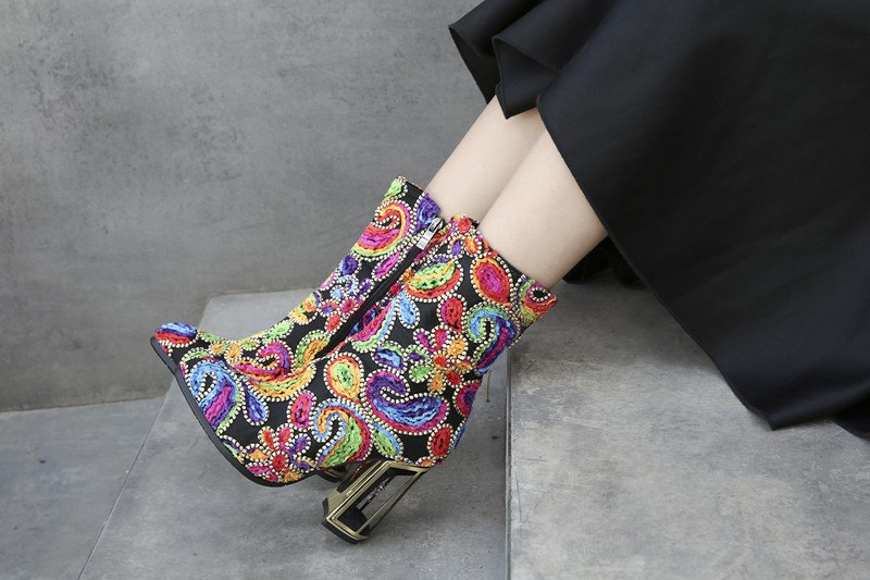 2018 Autumn Winter new style model fashion show colorful flowers strange heel ankle boots round toe chunky heel zipper boots