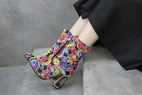 Image of 2018 Autumn Winter new style model fashion show colorful flowers strange heel ankle boots round toe chunky heel zipper boots