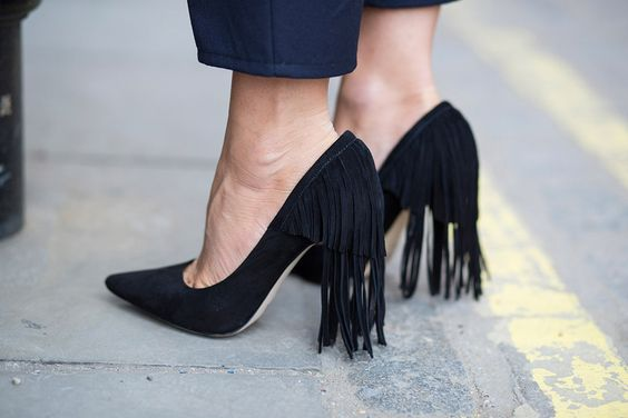 2017 Spring Fashion Black Suede Leather Women Slip On Pumps Sexy Pointed Toe Fringe Back Ladies High Heels Female Elegant Pumps