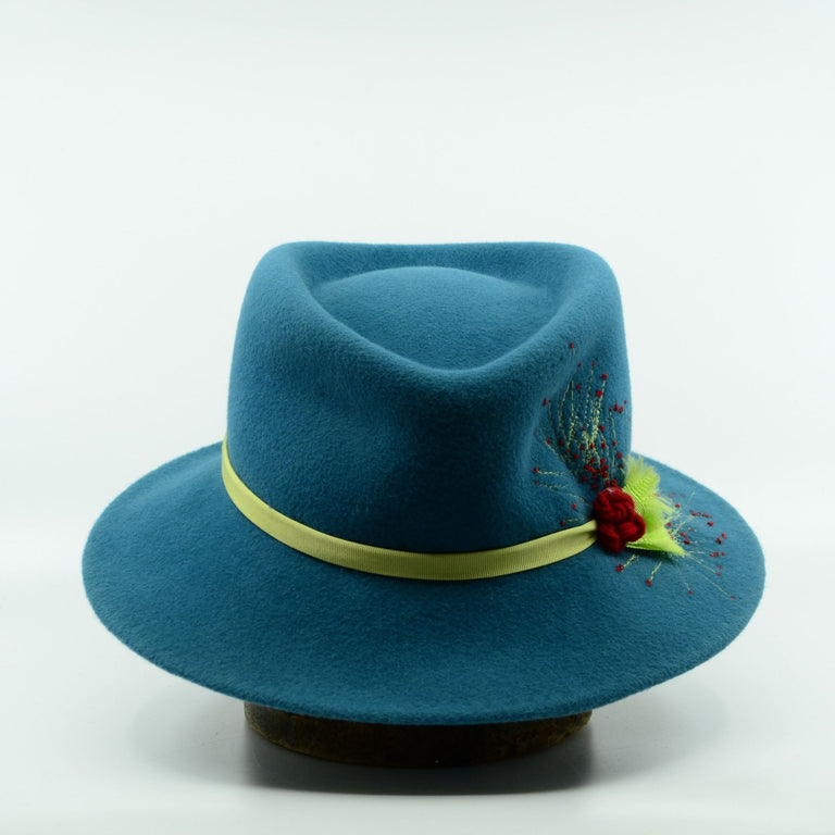 Lina Stein Fedora hat. Mutiny. Front-view. Photographer SsadhbhKenny